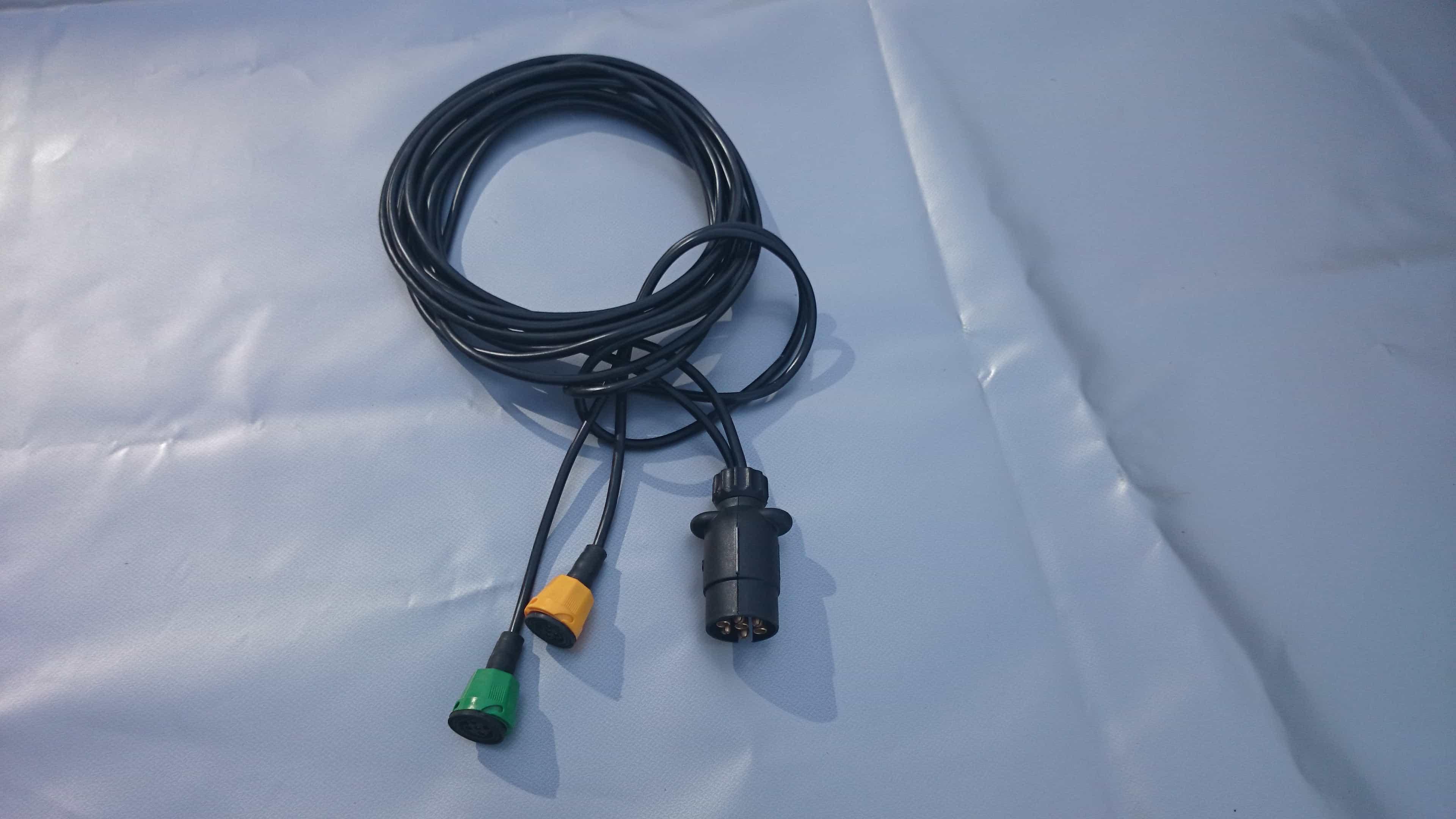 Elektros instaliacija 12V